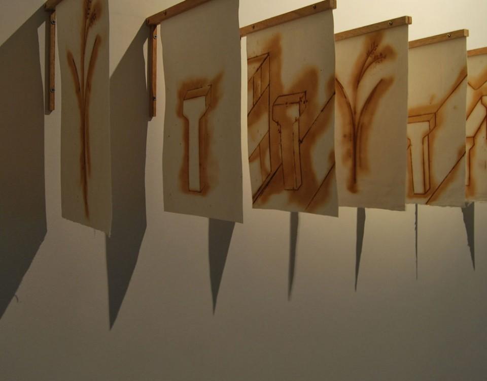 Autore Michele D'AgostinoTitolo Ponte Natura Misure variabili Materiale Ruggine su carta legno anno 2011
