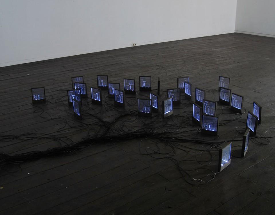 Autore Michele D'AgostinoTitolo Punto Di Domanda Misure variabili Materiale LED policarbonato componenti elettrici legno Anno 2011
